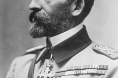 3 - Regele Ferdinand I al României supranumit Întregitorul